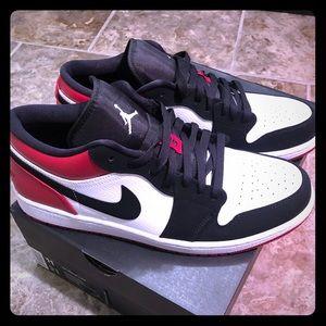 Air Jordan 1 Low 'Black Toe' Size 11 New with Box